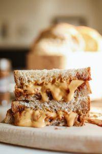 sanduíche de pasta de amendoim