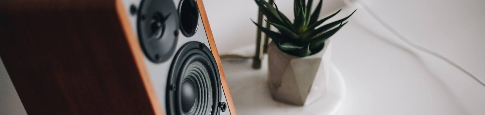 Produkte aus der Kategorie Áudio im Test auf ExpertenTesten.de